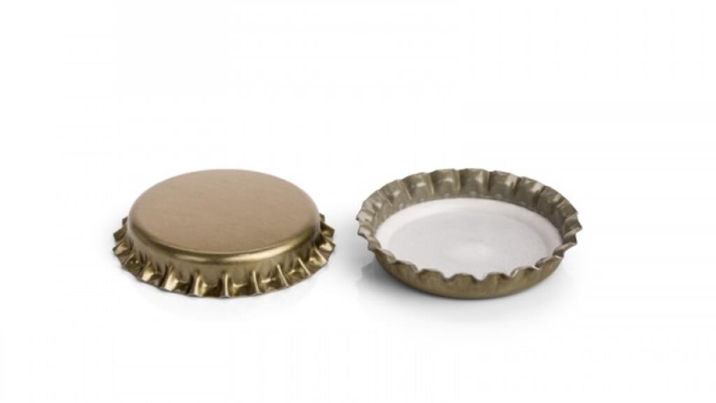 Capsulas metalicas douradas 26 c/ junta pvc sacos